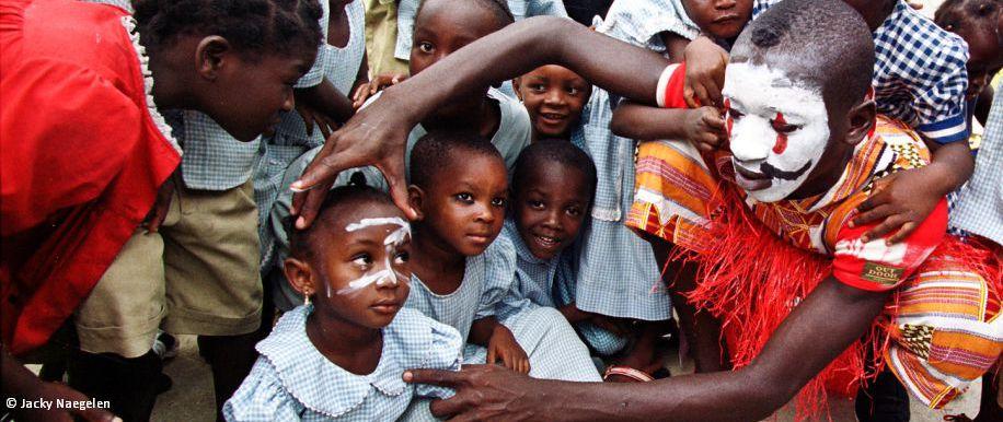 Theaterspiel Kinder Elfenbeinküste