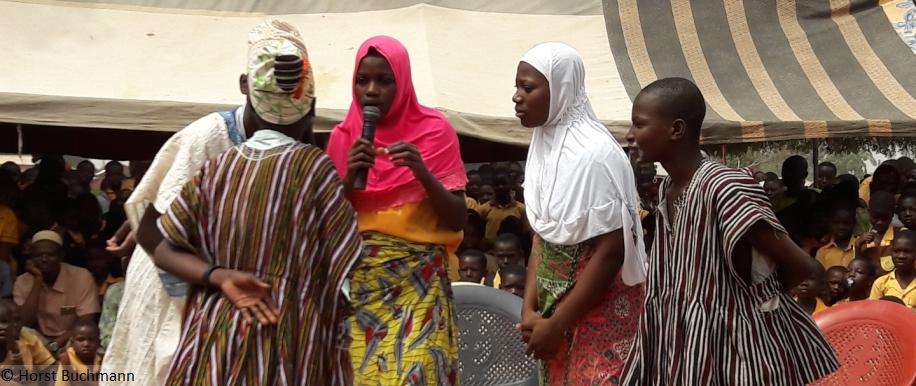 Aktion gegen Frühehe und Zwangsheirat in Ghana